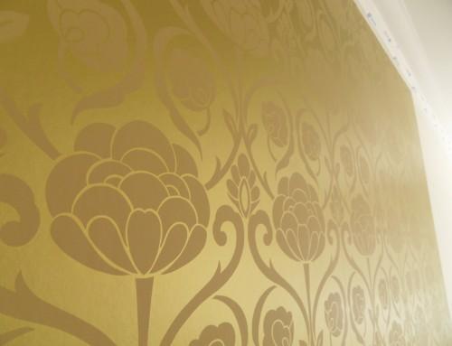 Hanging Metallic Gold Wallpaper